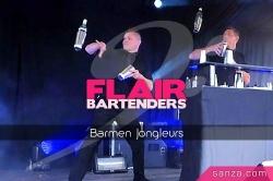 Flair Bartenders Barmen Jongleurs